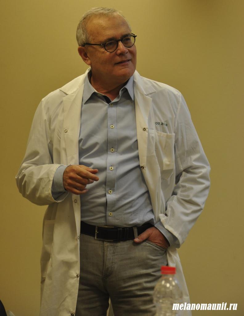 Яков Шехтер Основатель и руководитель института исследований и лечения рака кожи Элла при МЦ Шиба, возглавляет программу TIL в Израиле